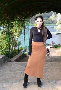 falda tradicional de lana